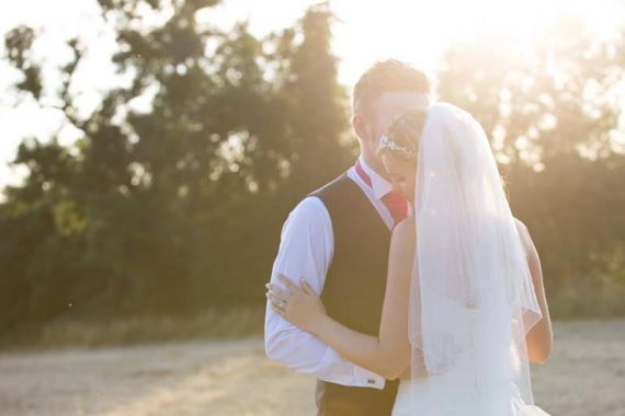 Barn wedding photography at Merriscourt Cotswolds Oxfordshire