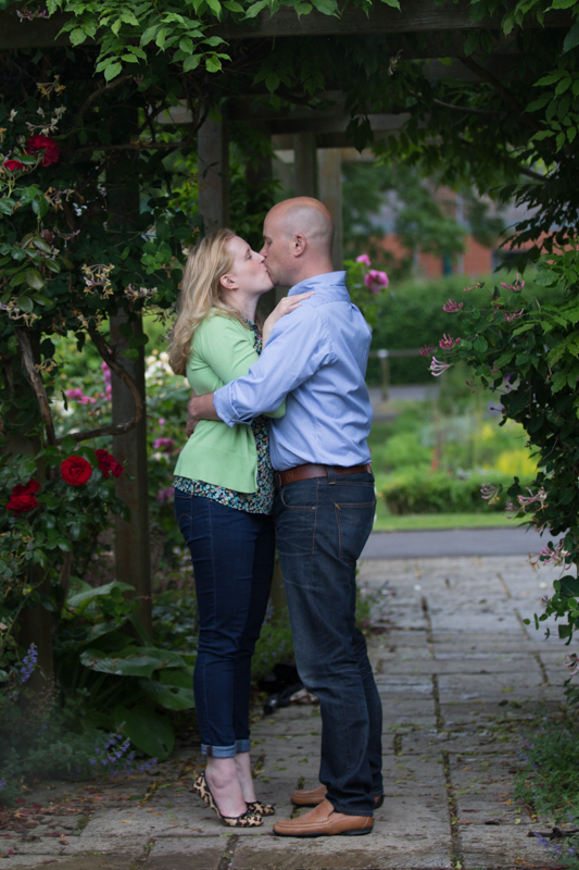Engagement shoot couple kissing in Henley