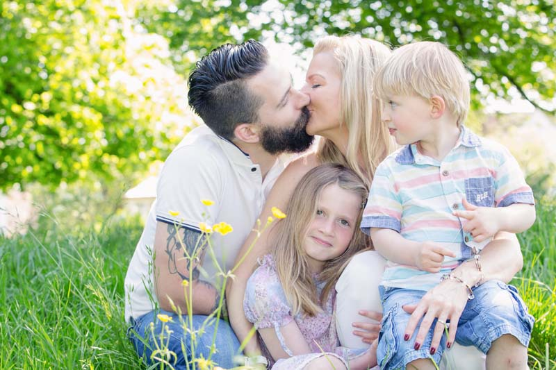 Natural Outdoor Photography of families and children Oxfordshire