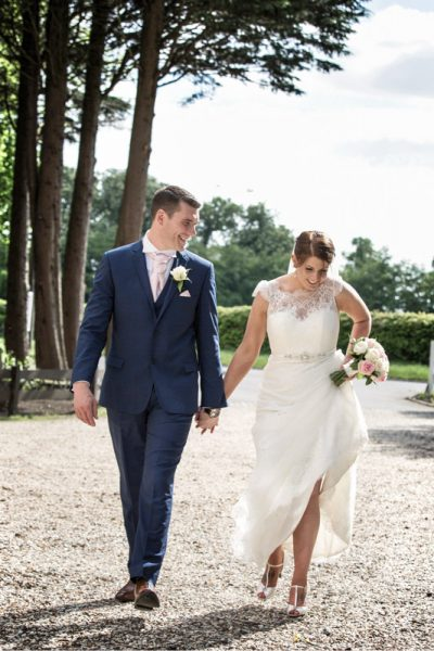 Natural wedding photography at Steventon House Oxfordshire
