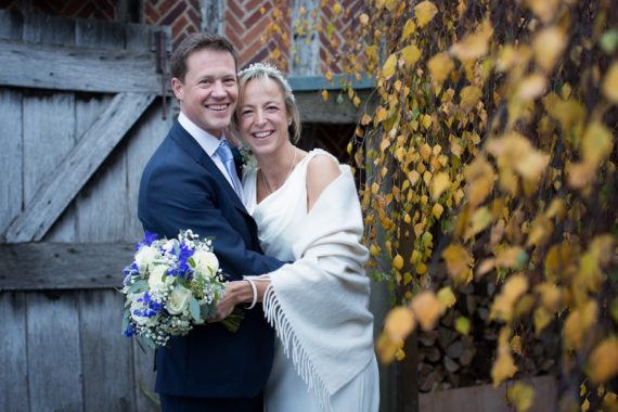 natural wedding photography at Bix Manor Oxfordshire