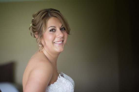Bridal portrait at Olde Bell Hurley