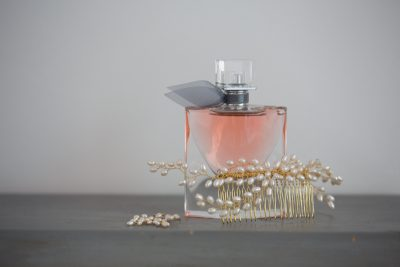 Perfume and accessories for wedding