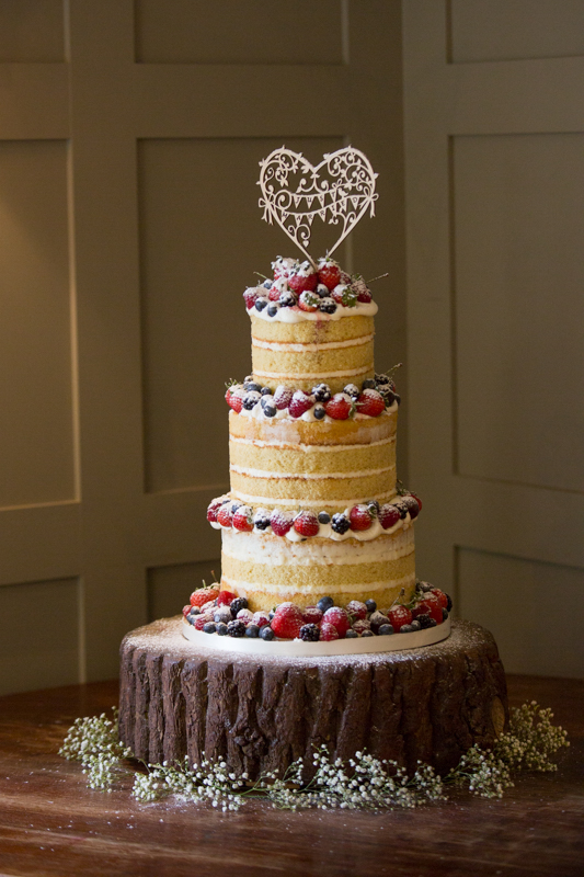 naked cake at The Cricketers, Warfield