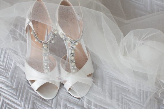 Wedding shoes with veil