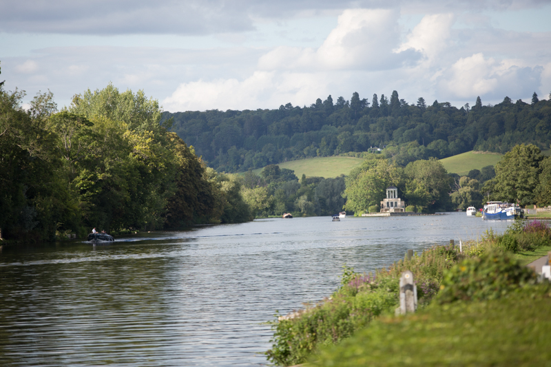 Wedding by the River Thames at Henley